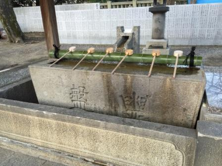 石清尾八幡宮 手水舎.jpg